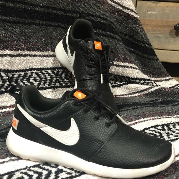 Nike Shoes | Nike Roshe One Just Do It